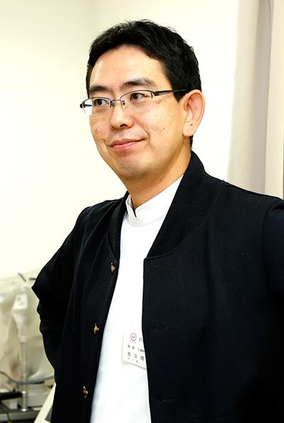 日本眼科学会専門医 戸塚ヒロ眼科 院長: 佐久間 浩史